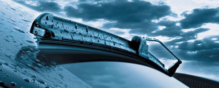 Kakovostni brisalci za avto nujni za varno vožnjo v vseh pogojih