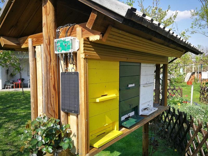 Čebelarska oprema - čebelarska tehtnica